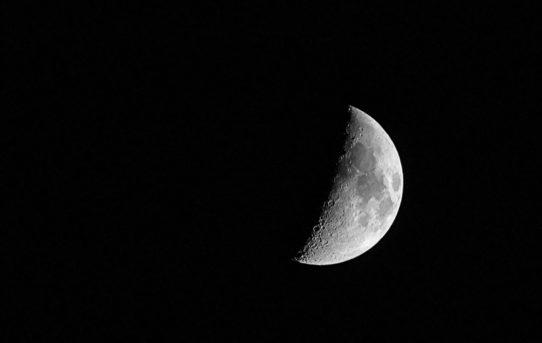 Trolls, Mond und Sterne